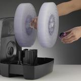 2055D - v levé ruce obsluhy vidíte zajišťovací matku disků, která po povolení a sejmutí zůstala v klíči (ve spodním straně aroma zásobíku), disky lze nyní po jednom sejmout z hřídele