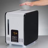 S450 - pohled na přístroj v provozu, výstupní pára má příjemnou teplotu, nehrozí popálení párou