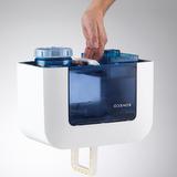BONECO U700 - Naplněný zásobník vody. Pro snadnou manipulaci je i na spodní straně zásobníku úchyt. který usnadňuje plnění a manipulaci.